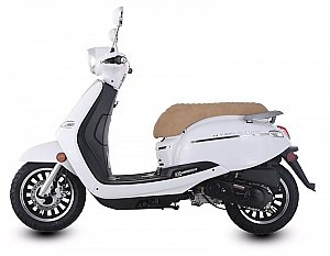 Trailmaster Turino 150A 150cc Gas Scooter Moped Retro
